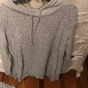 American Eagle cable hoodie sweat shirt